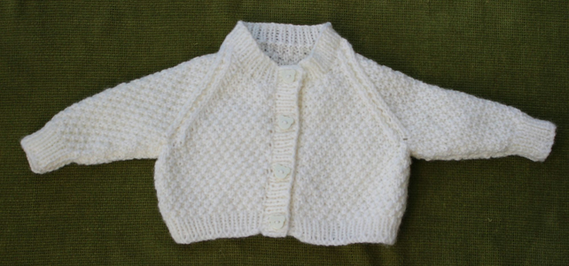 Tiny Cream Cardigan Perfect for a Newborn. 0-3 months.