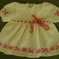 Sweet and Dainty, Vintage Style 4ply Cream and Coral Dress. 0-6 months.