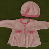 Pretty & Stylish Pink Jacket Cardigan & Hat, with Pleats & Bows. 9-18 months.