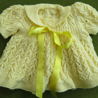 Adorable, Sweet and Dainty, Yellow Lacy Dress. 3-6 months.