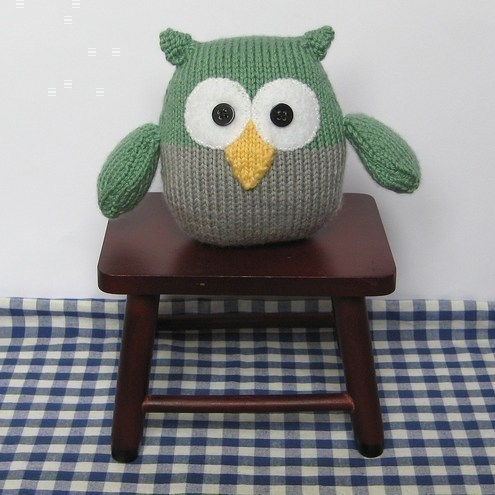 Free Knitting Patterns For Beginners Toys : Barney Owl toy knitting pattern easy knit - Folksy