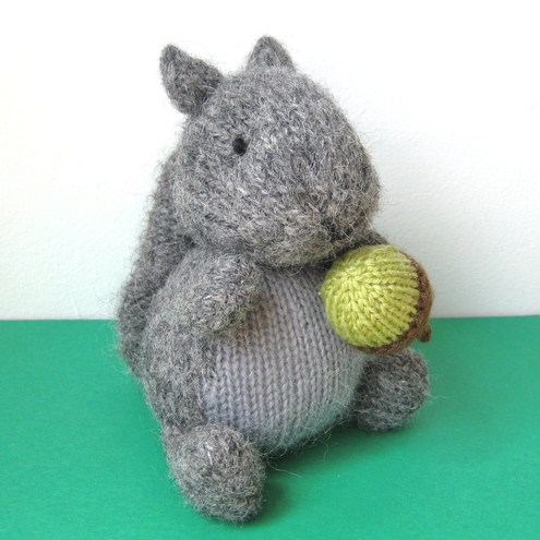 Finsbury Squirrel with basket of acorns Knitting Pattern PDF