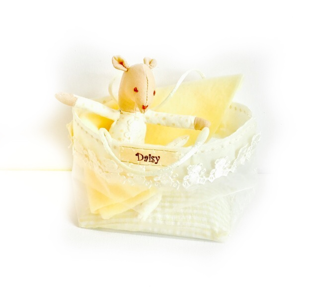Reduced - Baby mouse - Daisy