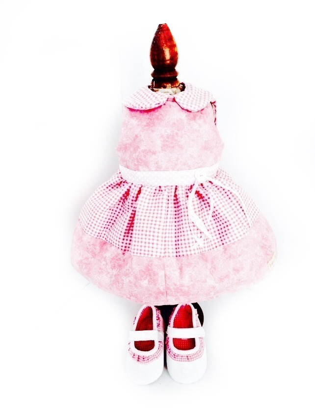 Reduced - Pink gingham dress and matching shoes - 50cm doll