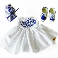 Dutch clogs dress