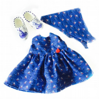 Sailing boat dress and headscarf