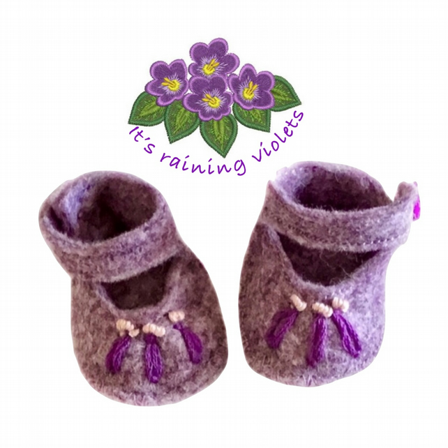 Embroidered Lavender Shoes