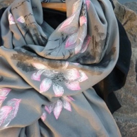 Grey Gray Silk Cashmere Blended Handpainted Pink Flowers Scarf Shrug Shawl