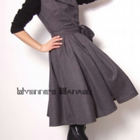 Elegant Grey Virgin Wool Double Breasted Full Pleated 50s Victorian Dress