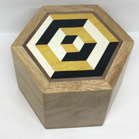 A Stunning Hexagonal Trinket Box With a 3D Marquetry Design