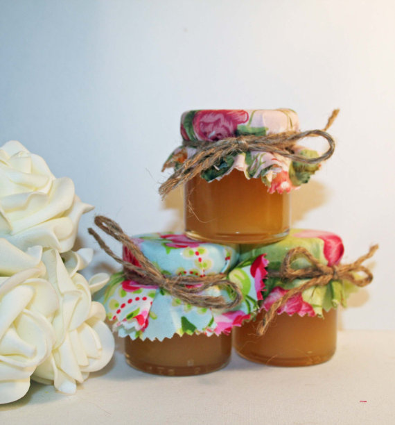 Diy Mini Jam Jar Wedding Favours With Shabby Chic Covers