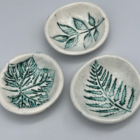 Handmade pottery mini ceramic trinket bowl botanical fauna leaves garden collect
