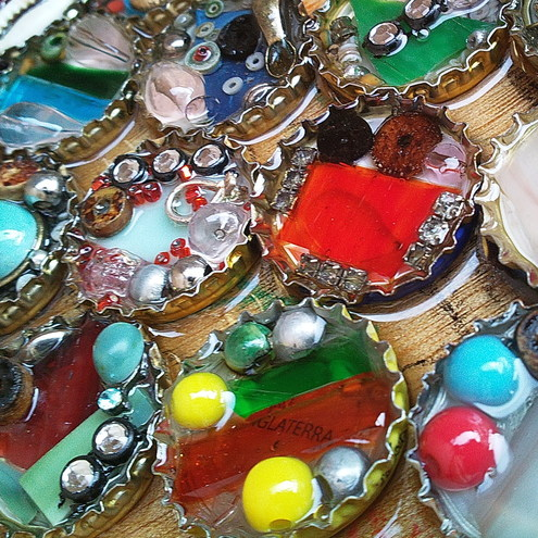 Bottle Top Rock Pools Brooch