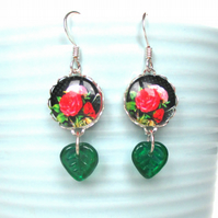 Red rose earrings with green leaves - Vintage roses - Gift for mum - Summer