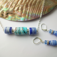 'Rip Curl' Blue glass jewellery set. Necklace and earrings. Nautical style.