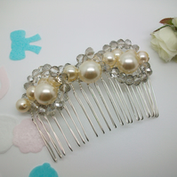SALE 'Pearl' Bridal hair comb, vintage glass pearls & glass beads