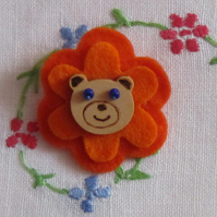 SALE Felt Flower Bear Button Brooch