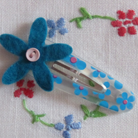 SALE Felt Flower Hair Slide
