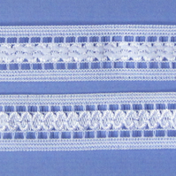 2 metres White stretch Lace