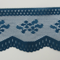 2 metres Blue Lace