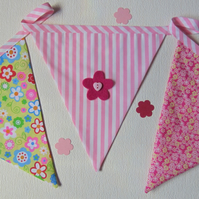 Pink Floral 9 Flag Fabric Bunting with Felt Flower Embellishments
