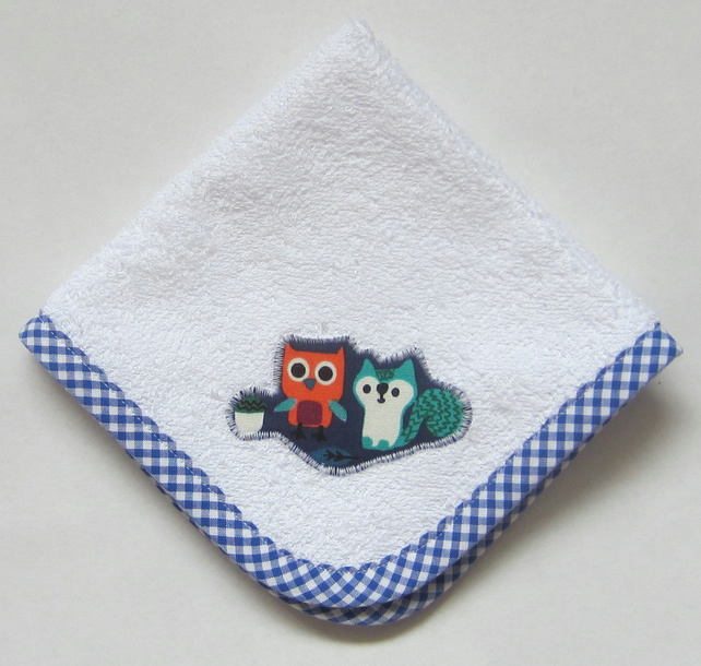 Woodland Animals Owl and Squirrel Face Cloth