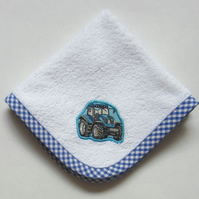 Blue Tractor Face Cloth