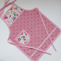 Girl's Christmas Pink Star and Stag Apron