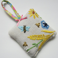 Vintage Embroidered Bee Lavender Bag