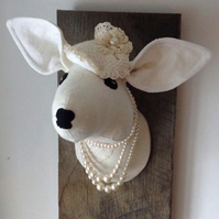 Textile taxidermy deer trophy. Romantic lace doe fauxidermy. White, cream. Oak