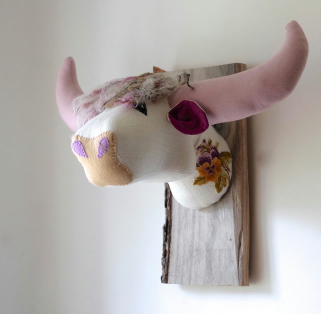 Lovely Scottish coo head. Vintage fabric and embroidery on rough wood. Quirky