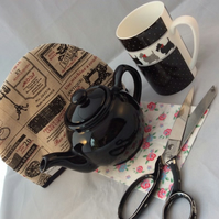 Black One Cup Teapot and Teacosy