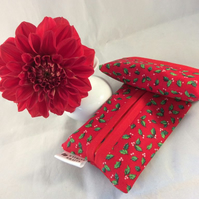 Pocket Tissue Holder - Red Holly