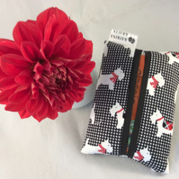 Pocket Tissue Holder - Scottie Dog