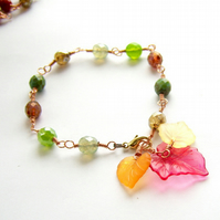 Bracelet Autumn leaves and green beads