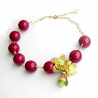 Necklace Brass flowers and chunky vintage beads