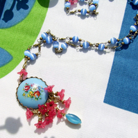 Necklace blue vintage floral cabochon
