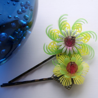 Hair grips - yellow and green vintage flowers