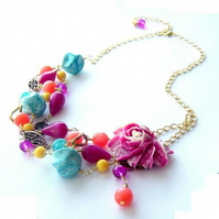 Necklace vintage beads and pink rose cabochon