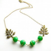 Necklace vintage beads and bronze leaves