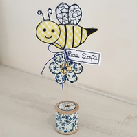 Busy Bee, Flower Decoration