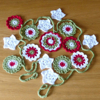 Crocheted Christmas Garland