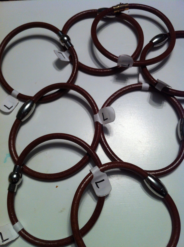 Magnetic leather bracelets