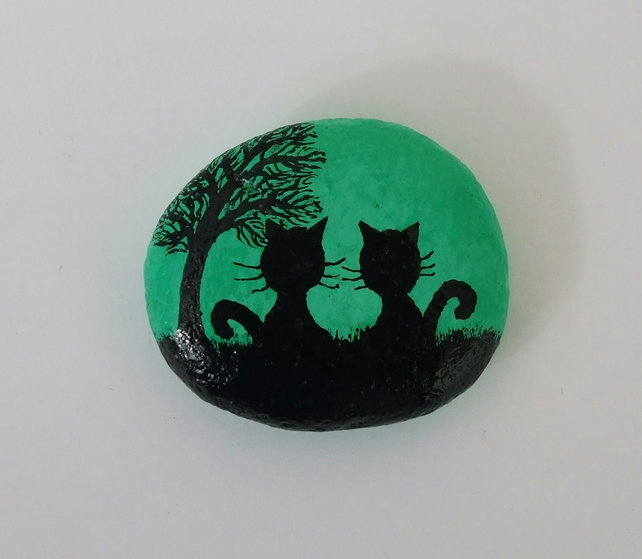 Cat Magnet: Cats Painting on Stone, Cat Art,  Hand Painted Stone, Cats Pebble