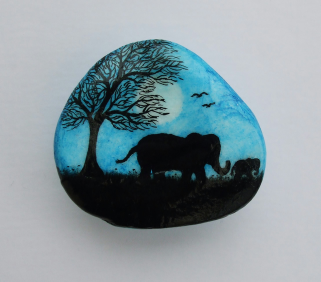 Elephant Painting on Shell, Elephant Art, Birthday Gift, Baby Elephant Shell Art