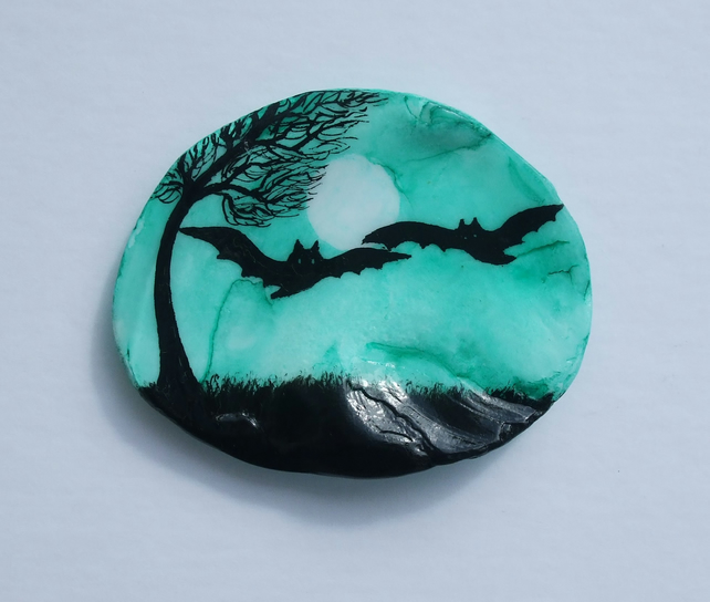 Halloween Bats Painting, Art on Shell, Bat Gift, Silhouette Art Painted Seashell