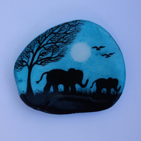 Elephant Painting on Shell, Mother Daughter Gift, Baby Elephant, Seashell Art