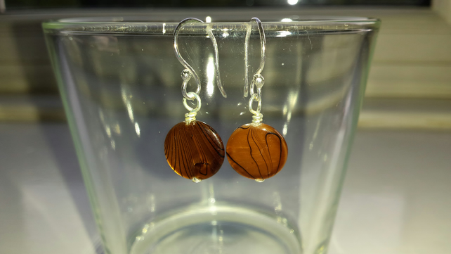 Brown Patterned Shell Disc Earrings