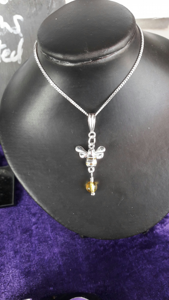 Sterling Silver Manchester Bee and Lemon Baltic Amber Necklace