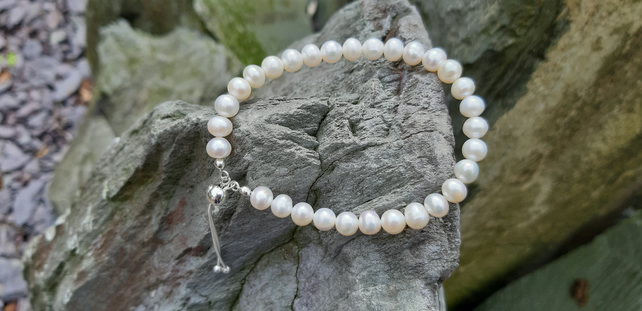 White Cultured Pearl and Sterling Silver Slider Bracelet